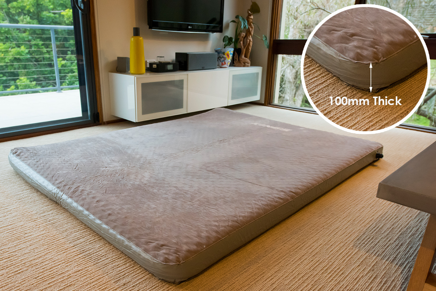 Kings Queen-Sized Self Inflating Foam Mattress   100mm Thick   Fits Big Daddy swags & more